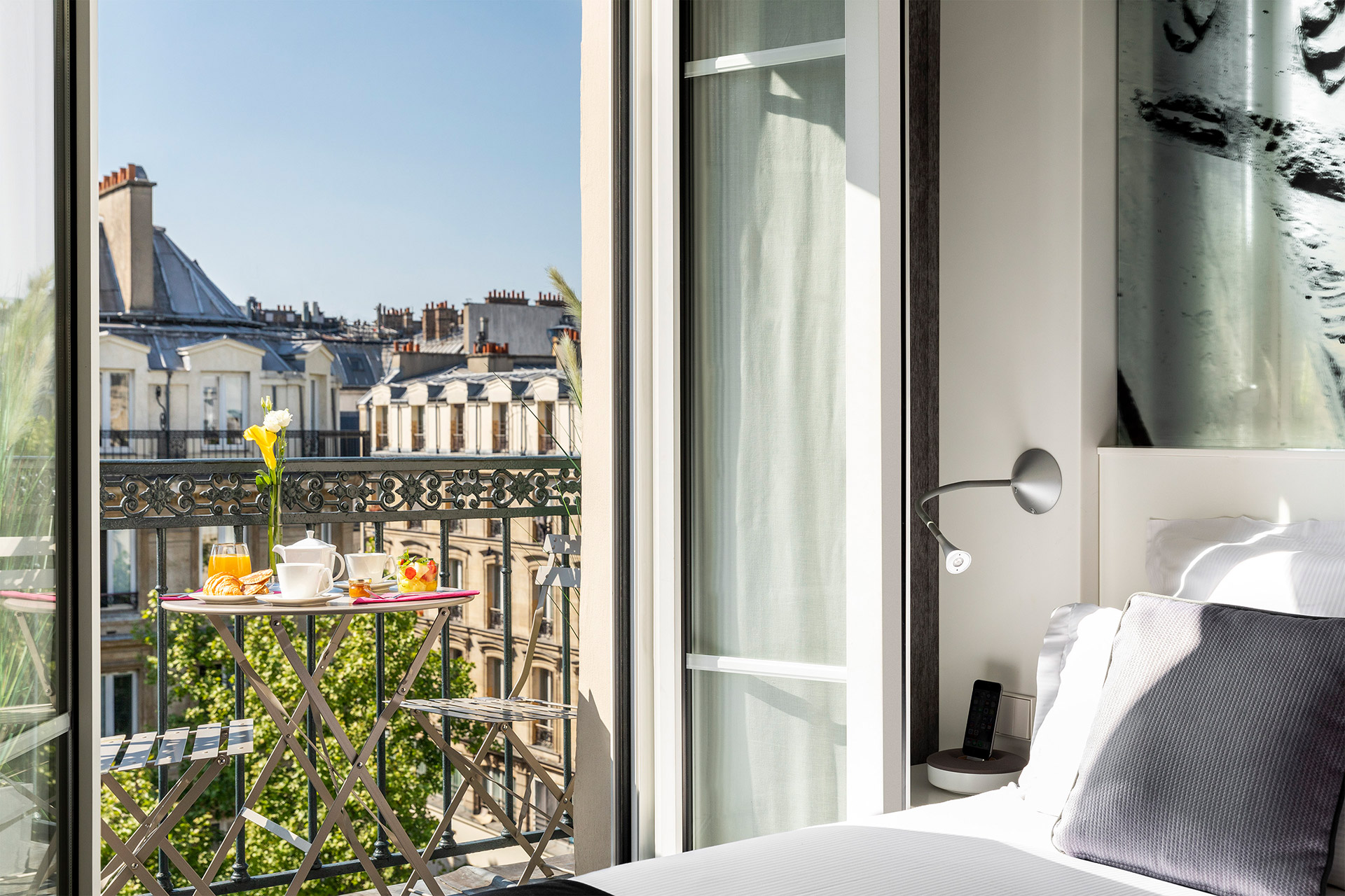 Best Western Premier Marais Grands Boulevards room with balcony