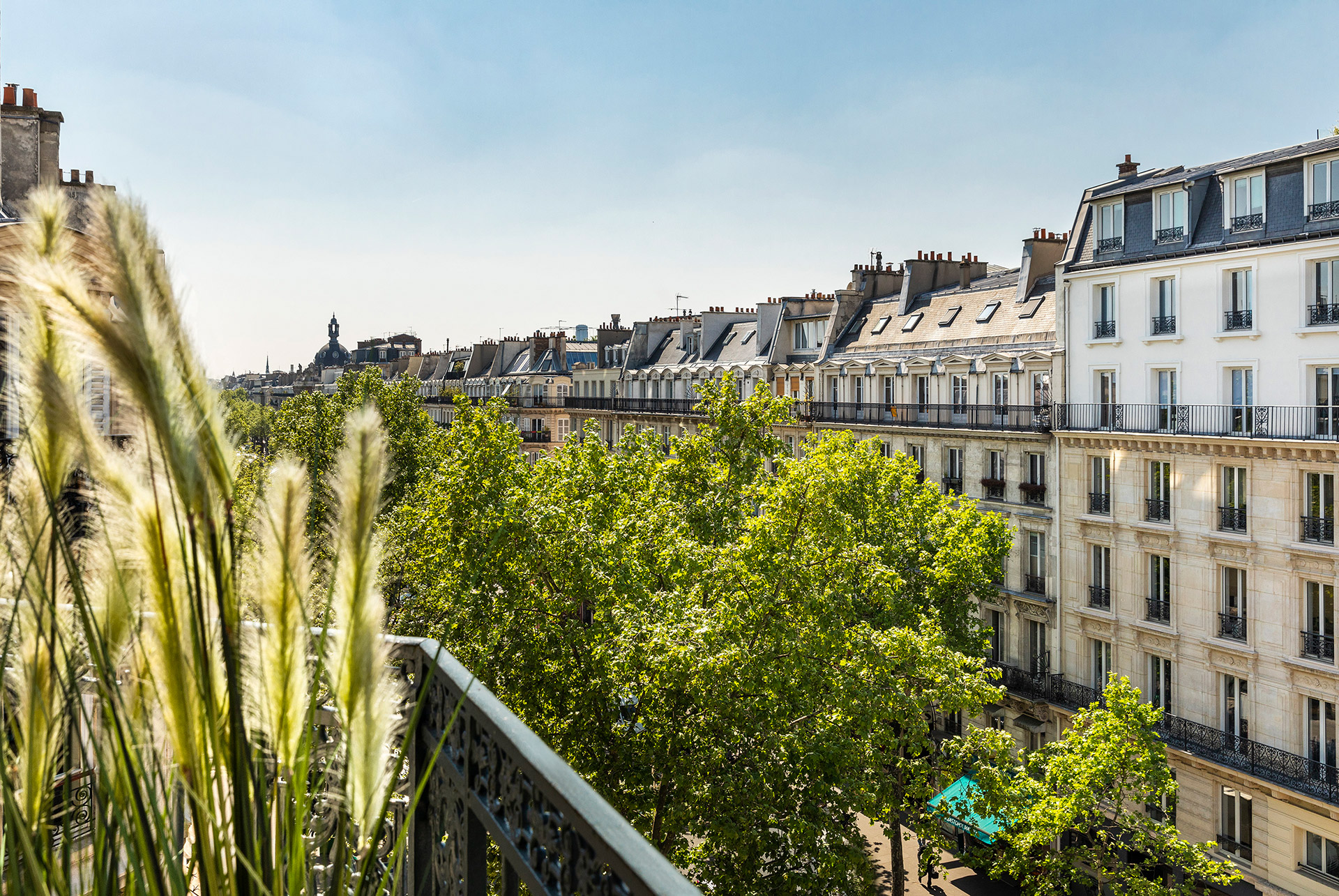 Best Western Premier Marais Grands Boulevards view on Paris